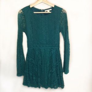 Miami | Long Sleeve Lace Skater Dress Size Small